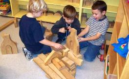 kinders with big blocks